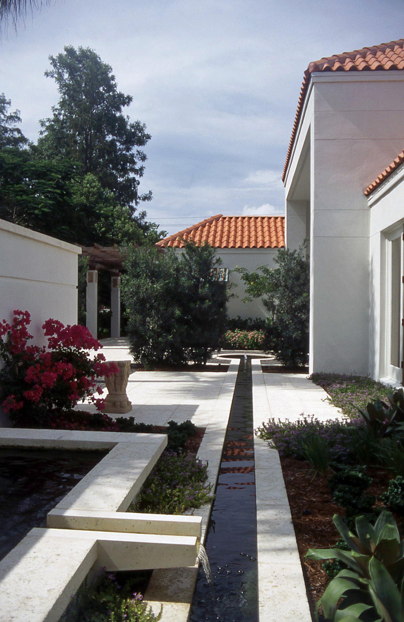 Naples Garden 4